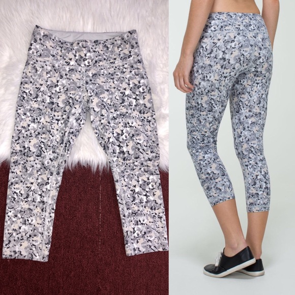 83c76c13a6 lululemon athletica Pants | Lululemon Wunder Under Crop Not So ...